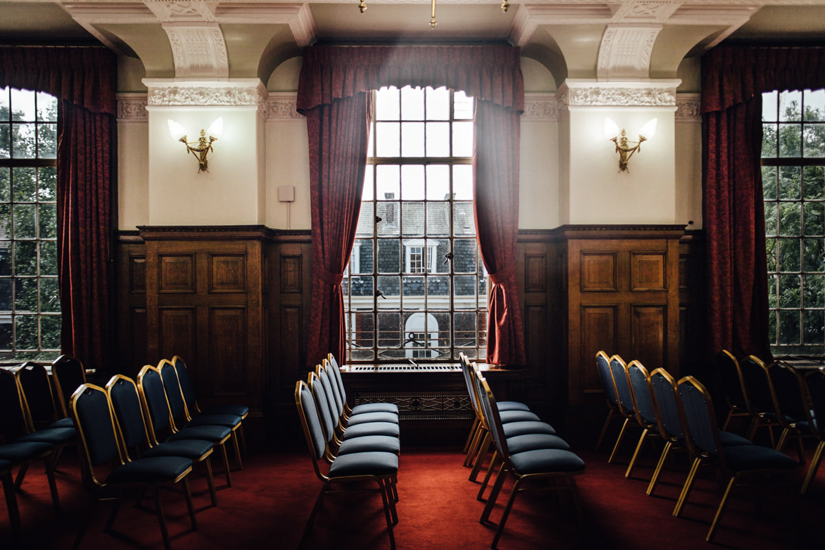 Richmond Room | Islington wedding photographer | Town Hall wedding