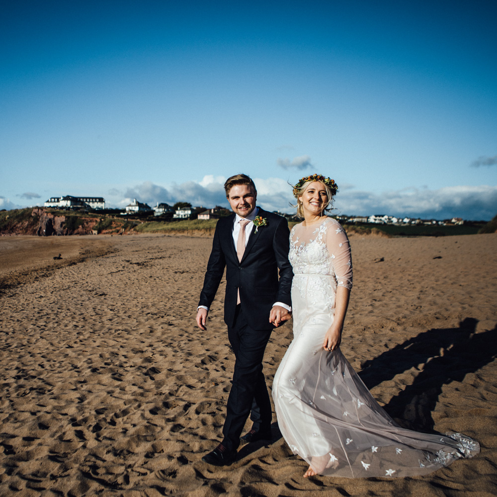 Devon wedding photography | Devon beach wedding