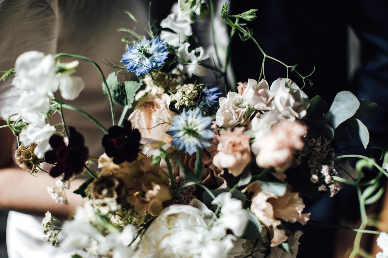 JamJar Flowers wedding bouquet | Islington Town Hall elopement